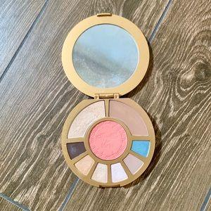 Aqualillies for Tarte eyeshadow palette